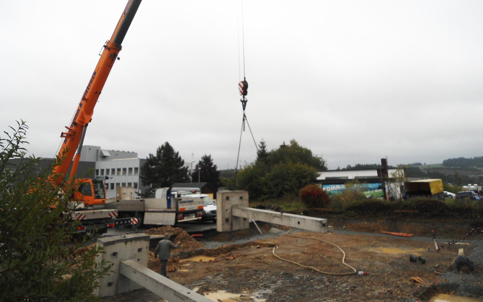 Bau einer Fahrzeughalle